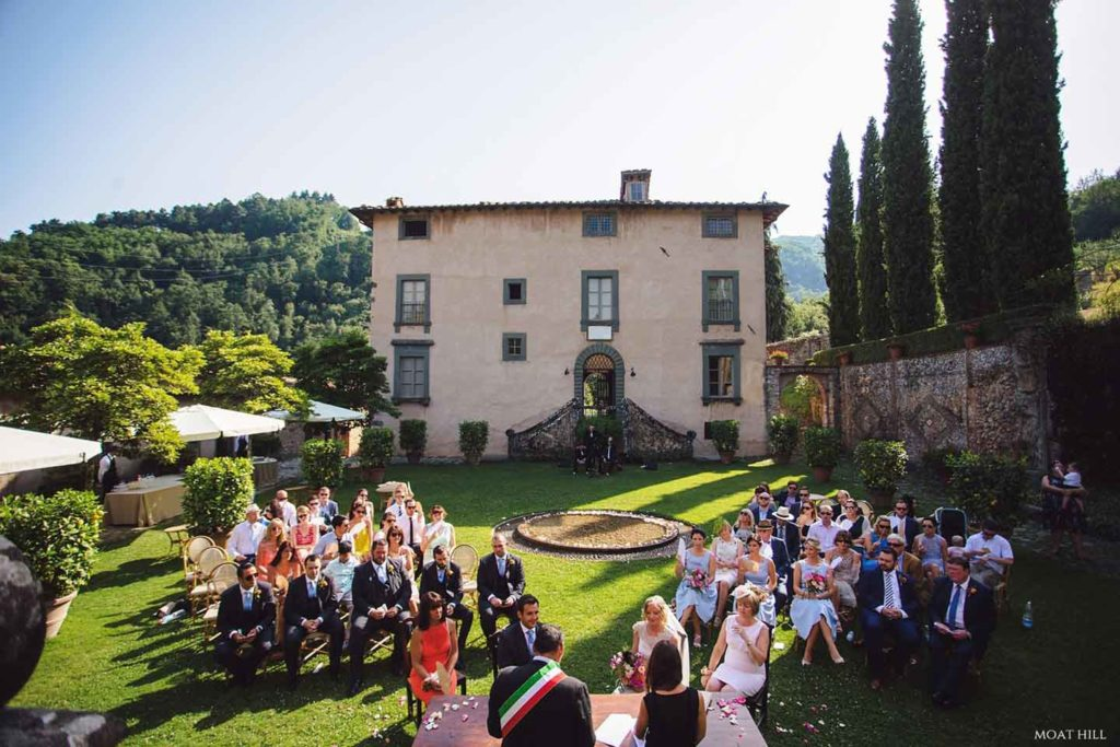 Tuscan Wedding Photographer Villa Catureglio - Kate and Rose Weddings - Wedding Planner Italy - Tuscany wedding venue